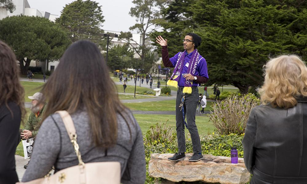 Student ambassador Victor Javier Aguilar leads campus tour